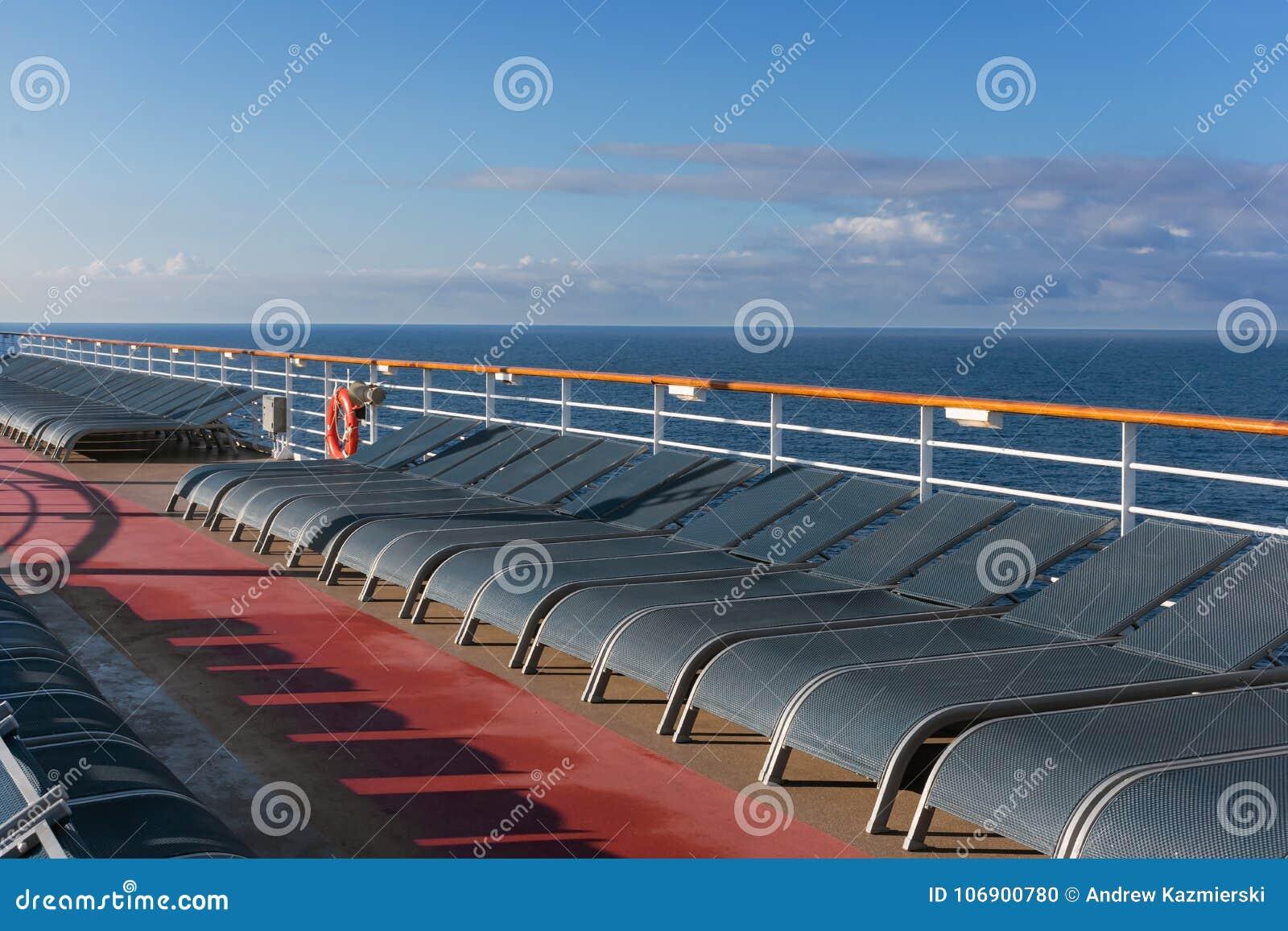 Holów krzesła na statku wycieczkowym
