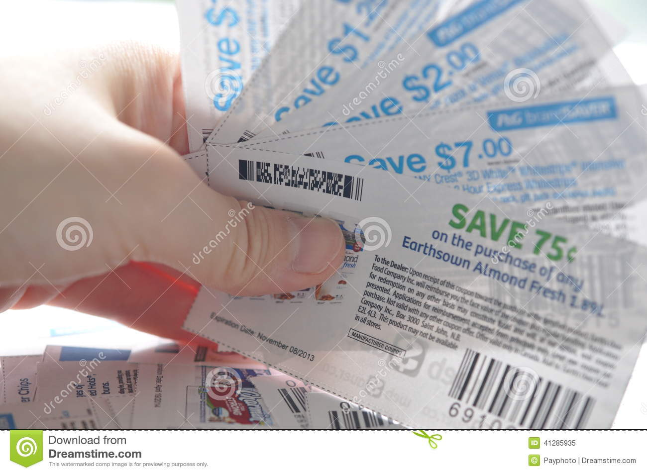 Save money using the best available online local coupons for home repair, restaurants, automotive, entertainment and grocery shopping.