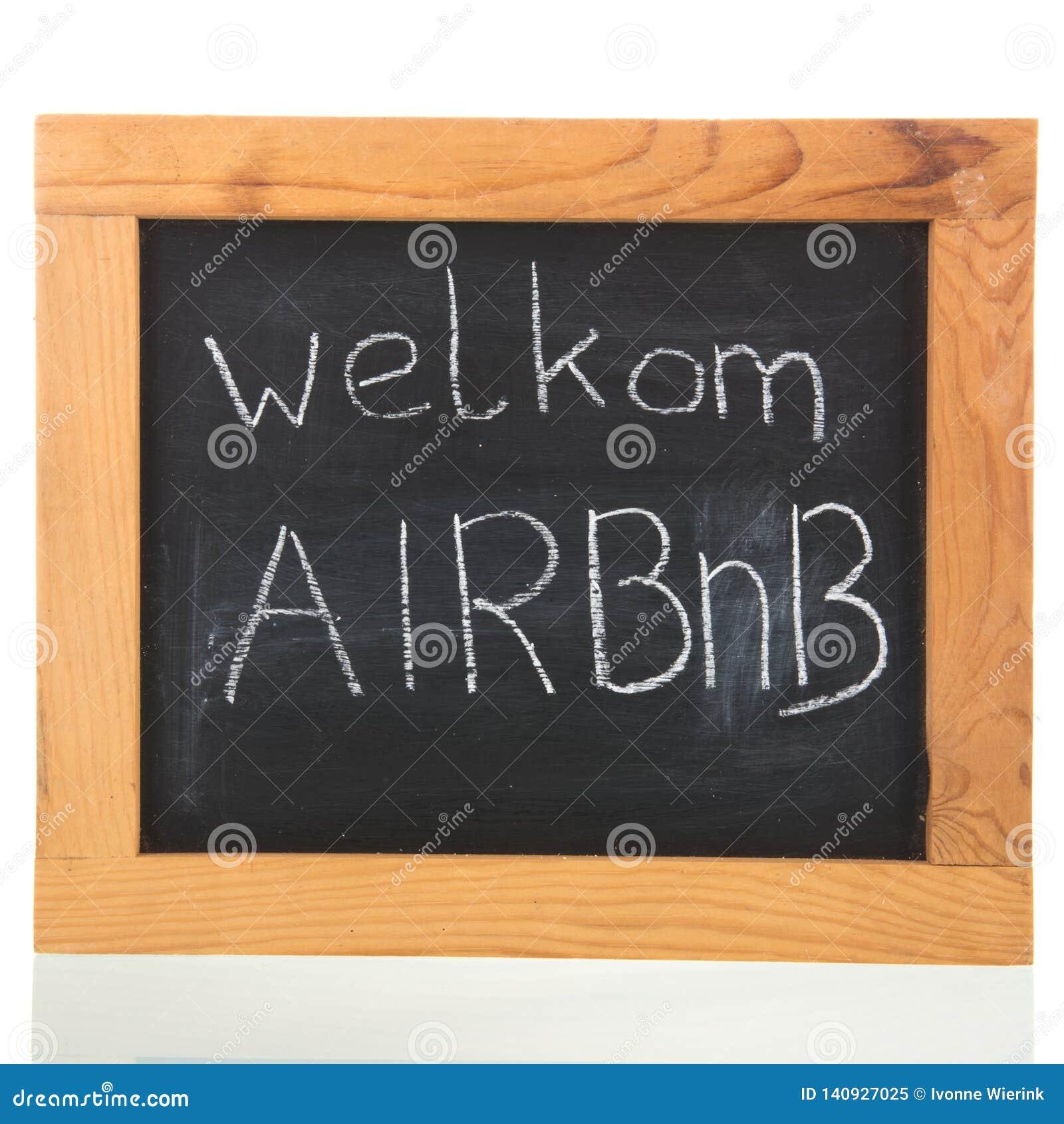 Holender Airbnb na blackboard