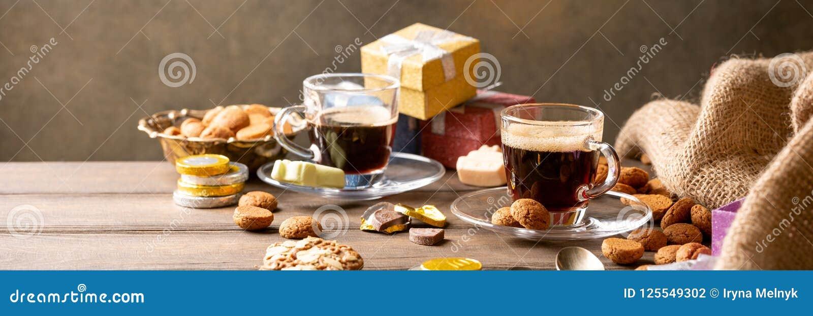 Holenderski wakacyjny Sinterklaas świąteczny śniadanie