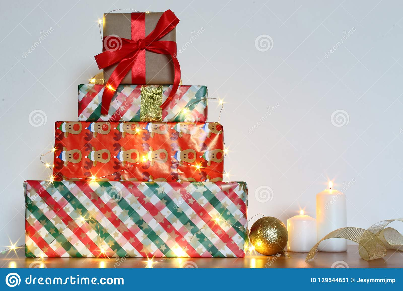 Christmas Gifts Handmade.Holiday Christmas Gifts With Handmade Decoration Boxes And