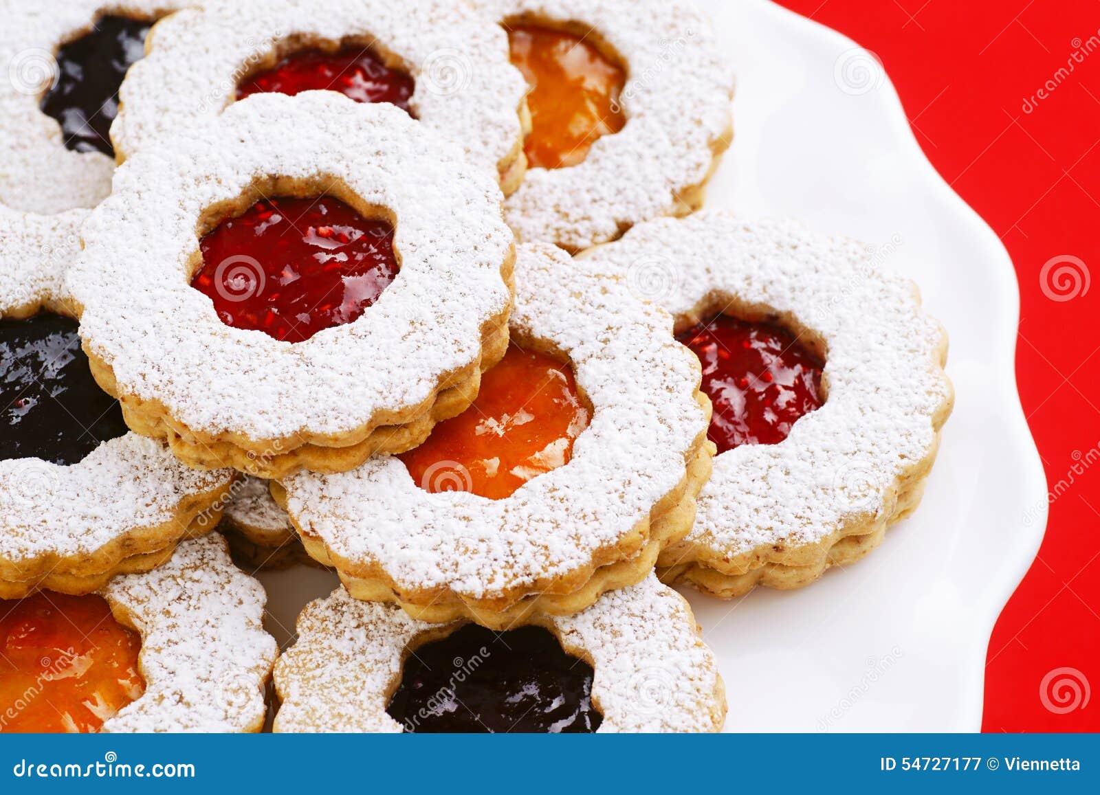 Watch Best Linzer Cookies video