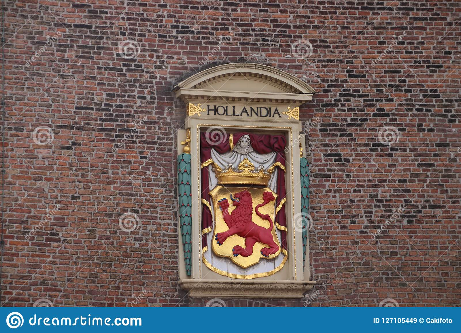Hollandia状态的古老冠,拉丁语老监狱和酷刑地方的荷兰的在海牙, t命名了Gevangenpoort