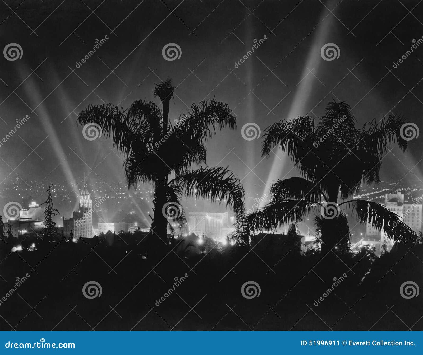 Hollywood, California, circa los últimos años 30 (todas las personas representadas no son vivas más largo y ningún estado existe