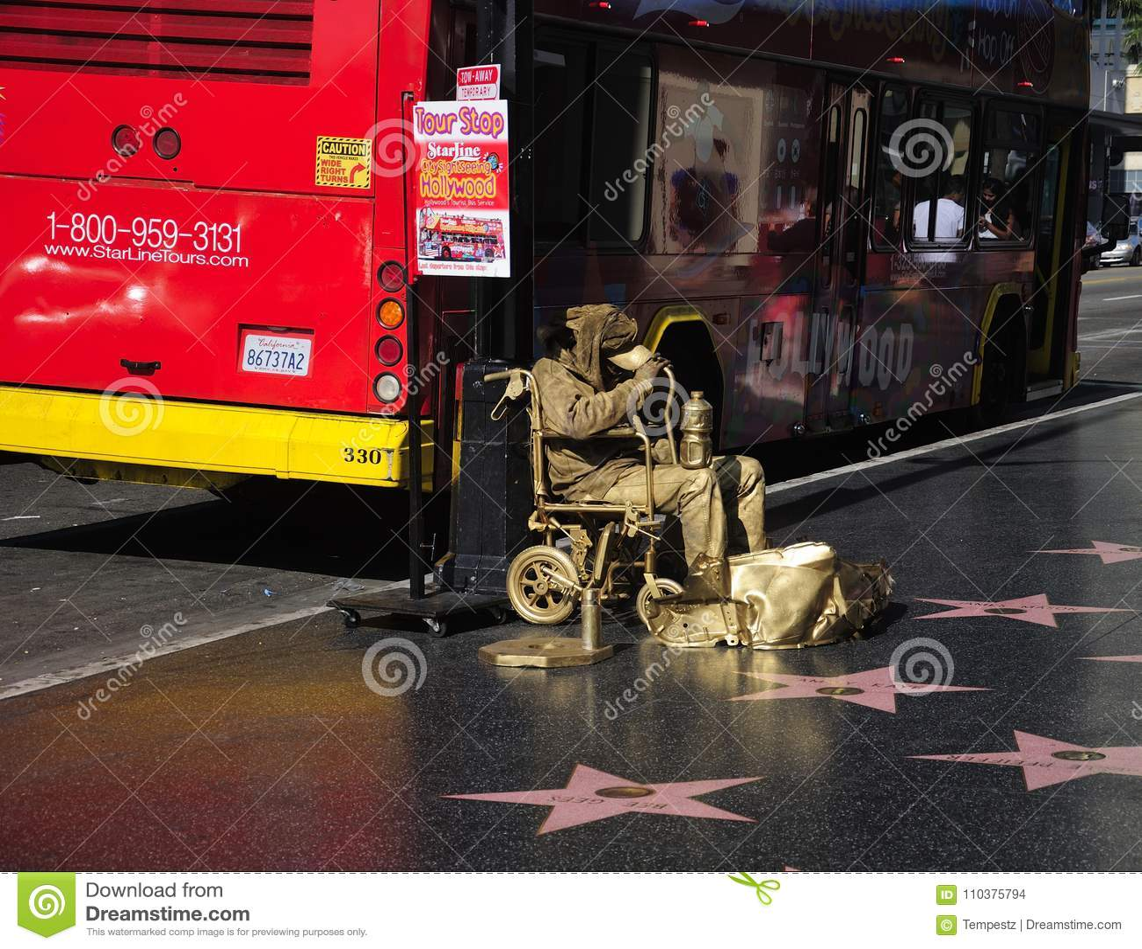 Hollywood spacer sława Złocisty mężczyzna Los Angeles