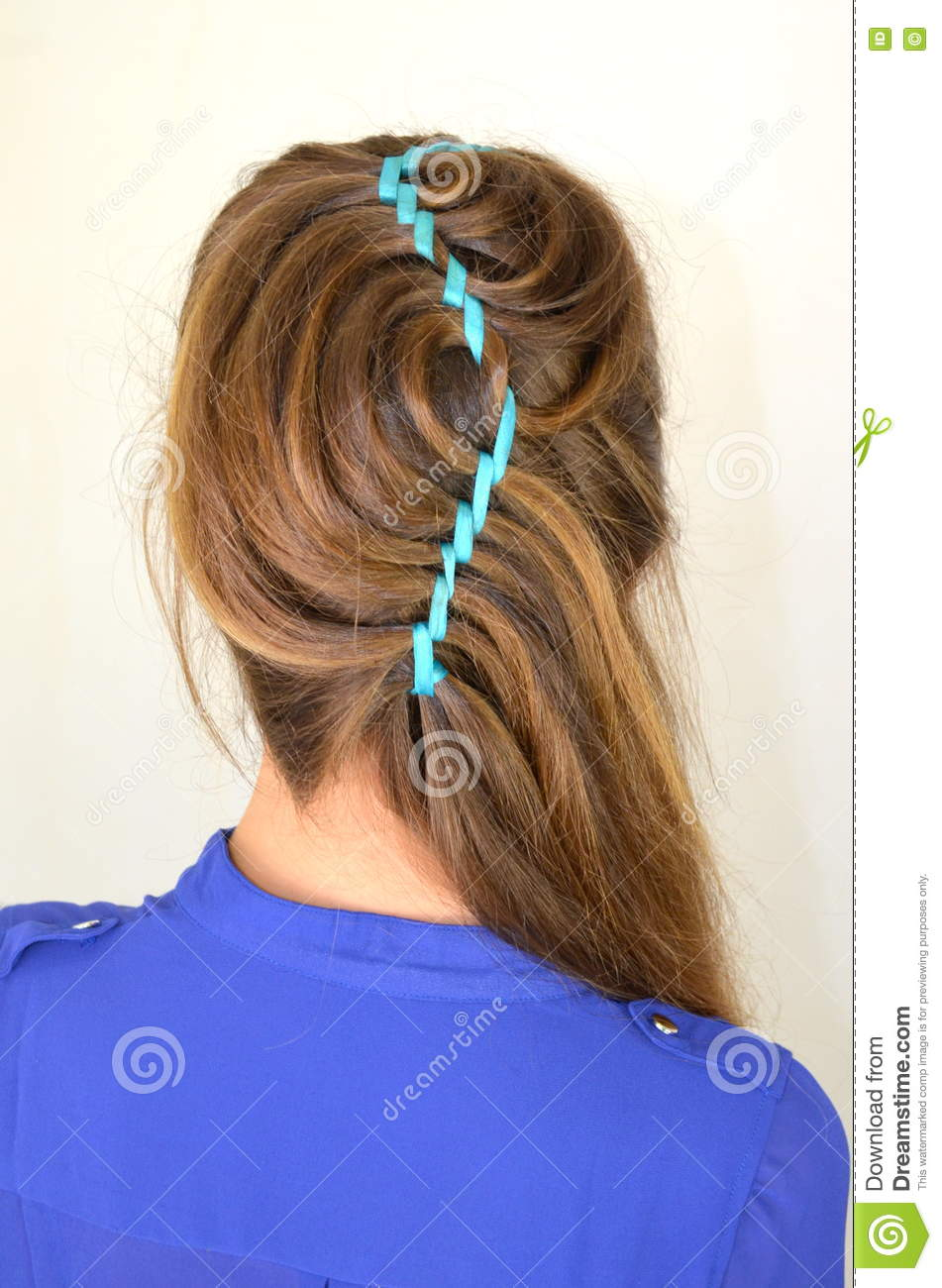 Hollywood Wave Hair Weave With Ribbon Stock Image Image Of Blonde