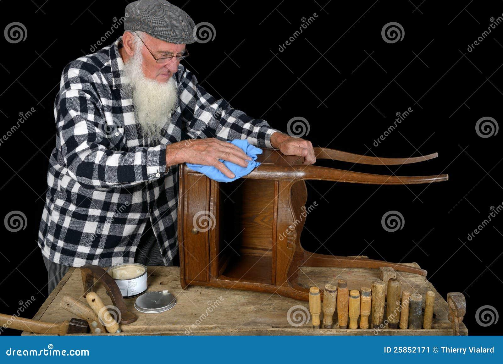 Holzbearbeitung drei