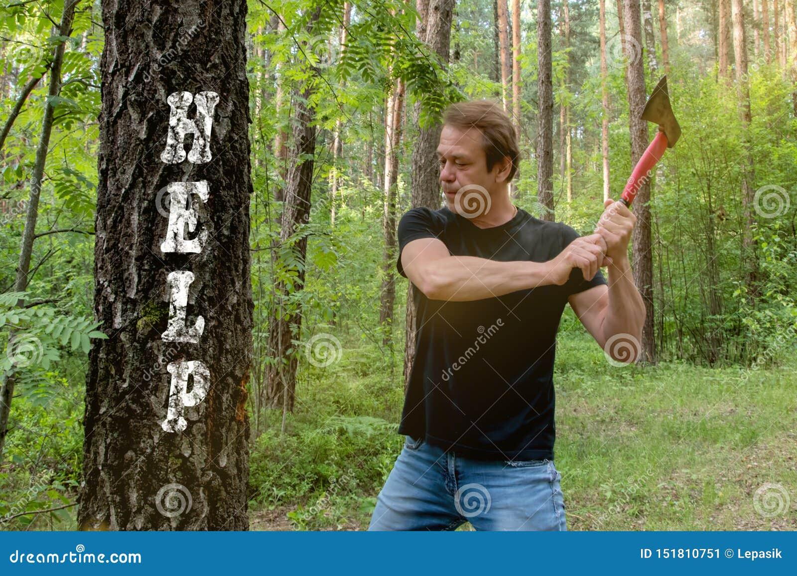Holzfäller schneidet Holz mit einer Axt, der Baum erscheint die Aufschrift: Hilfe, SONNIGER SOMMER-TAG