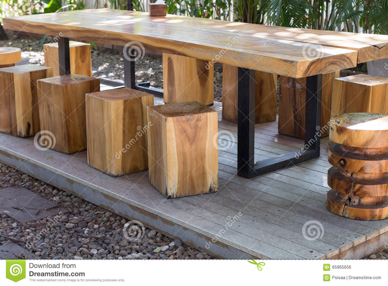 holztisch garten catlitterplus. Black Bedroom Furniture Sets. Home Design Ideas