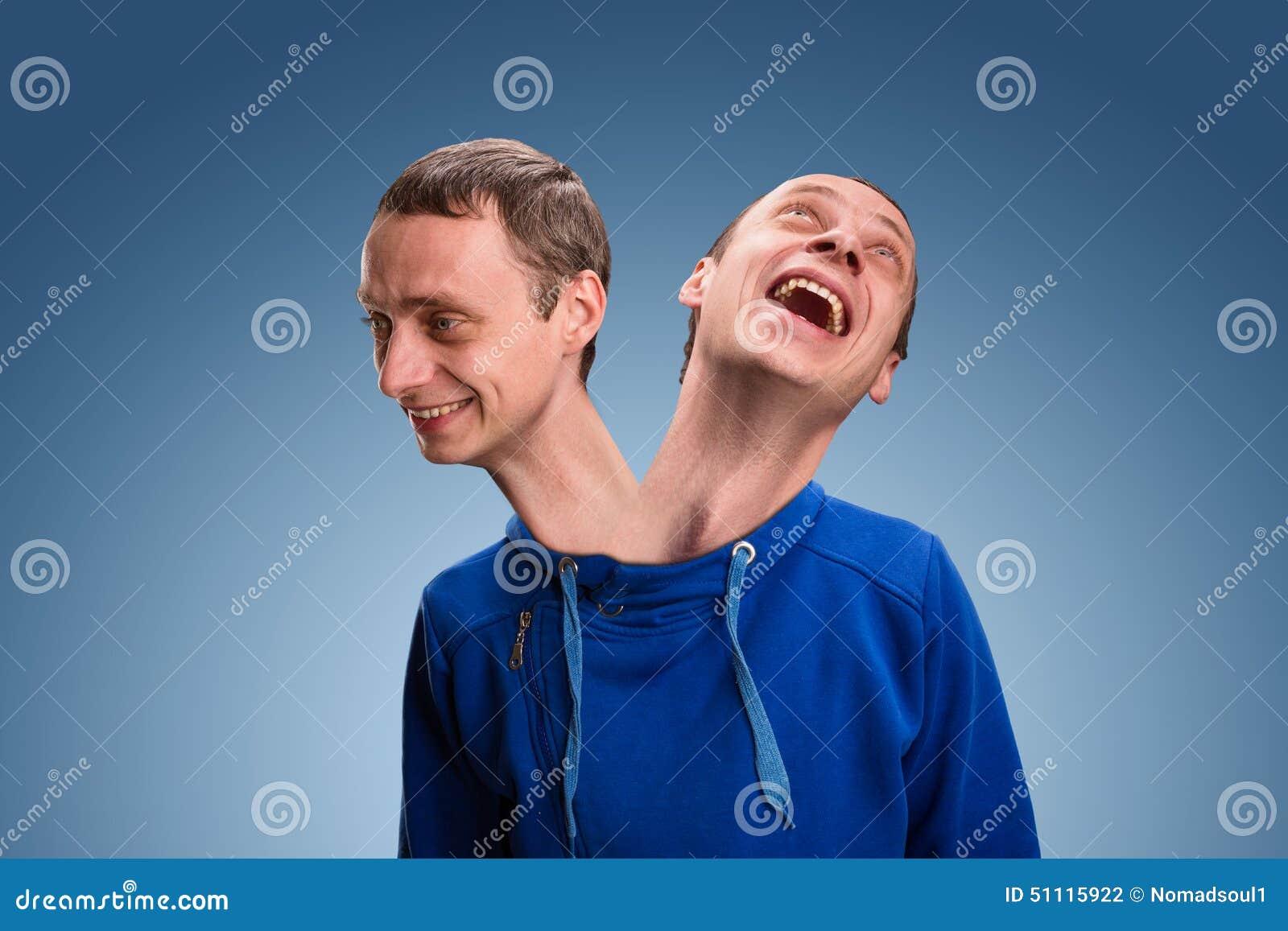 Hombre con dos cabezas foto de archivo. Imagen de emocional - 51115922