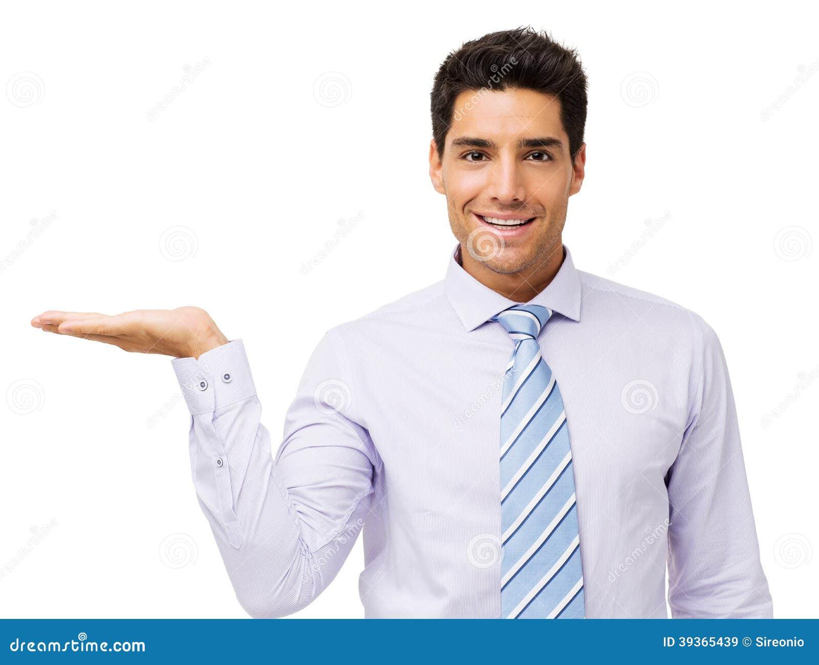 Hombre de negocios confiado Displaying Invisible Product
