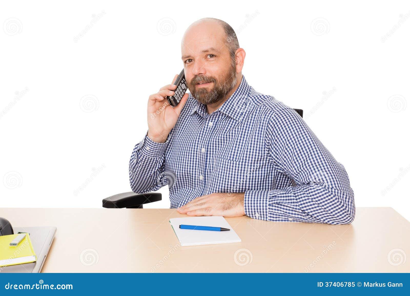 Hombre de negocios en el teléfono