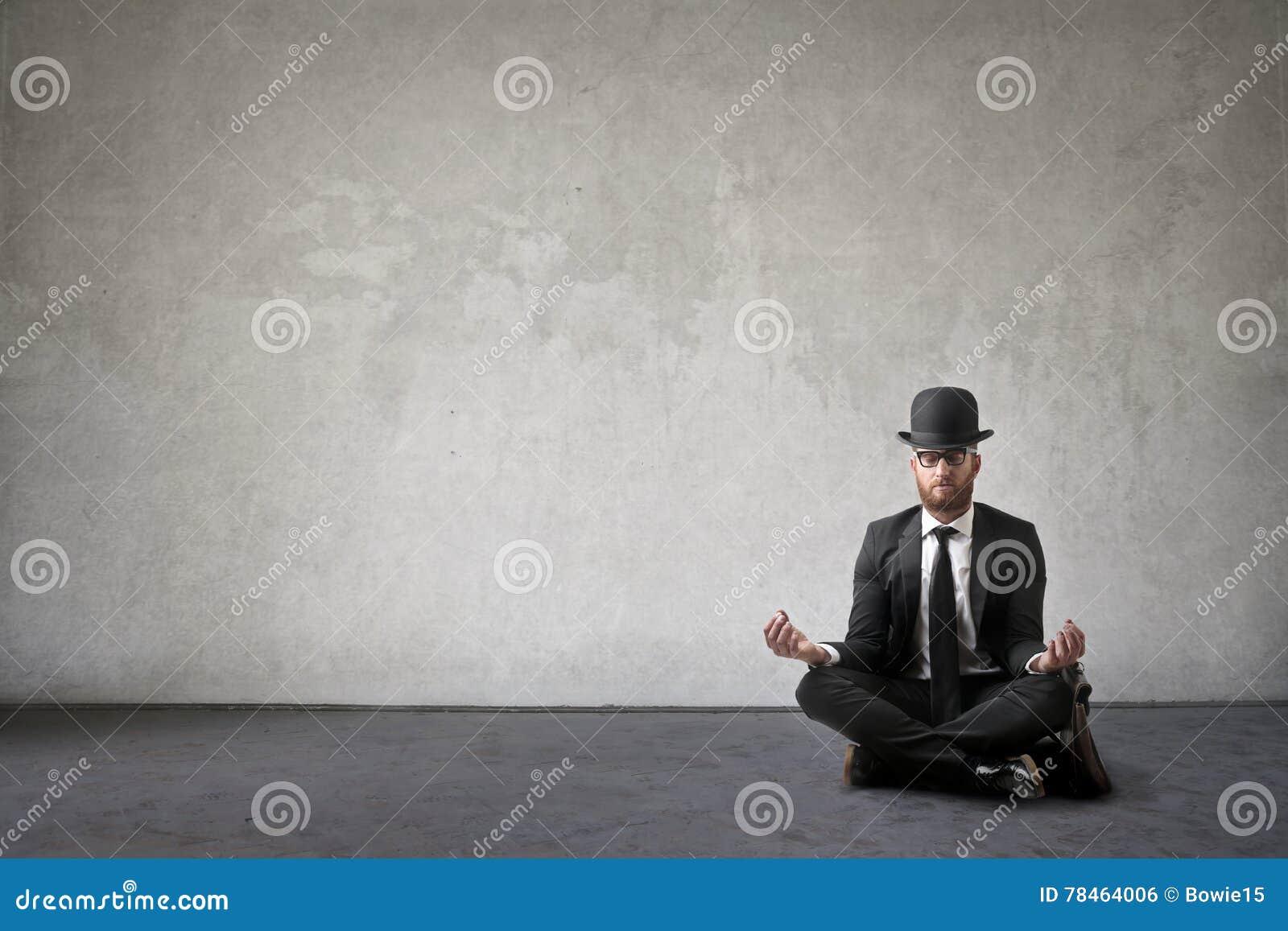 Hombre de negocios Meditating