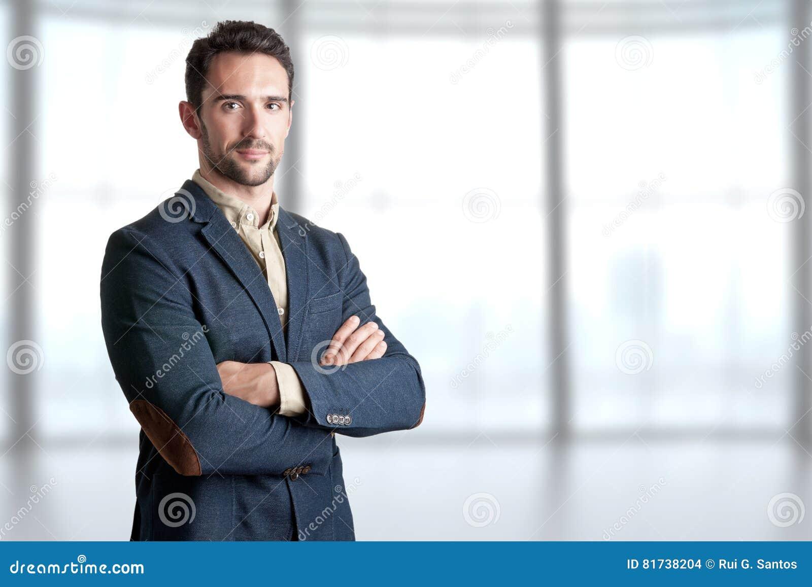 Hombre de negocios ocasional