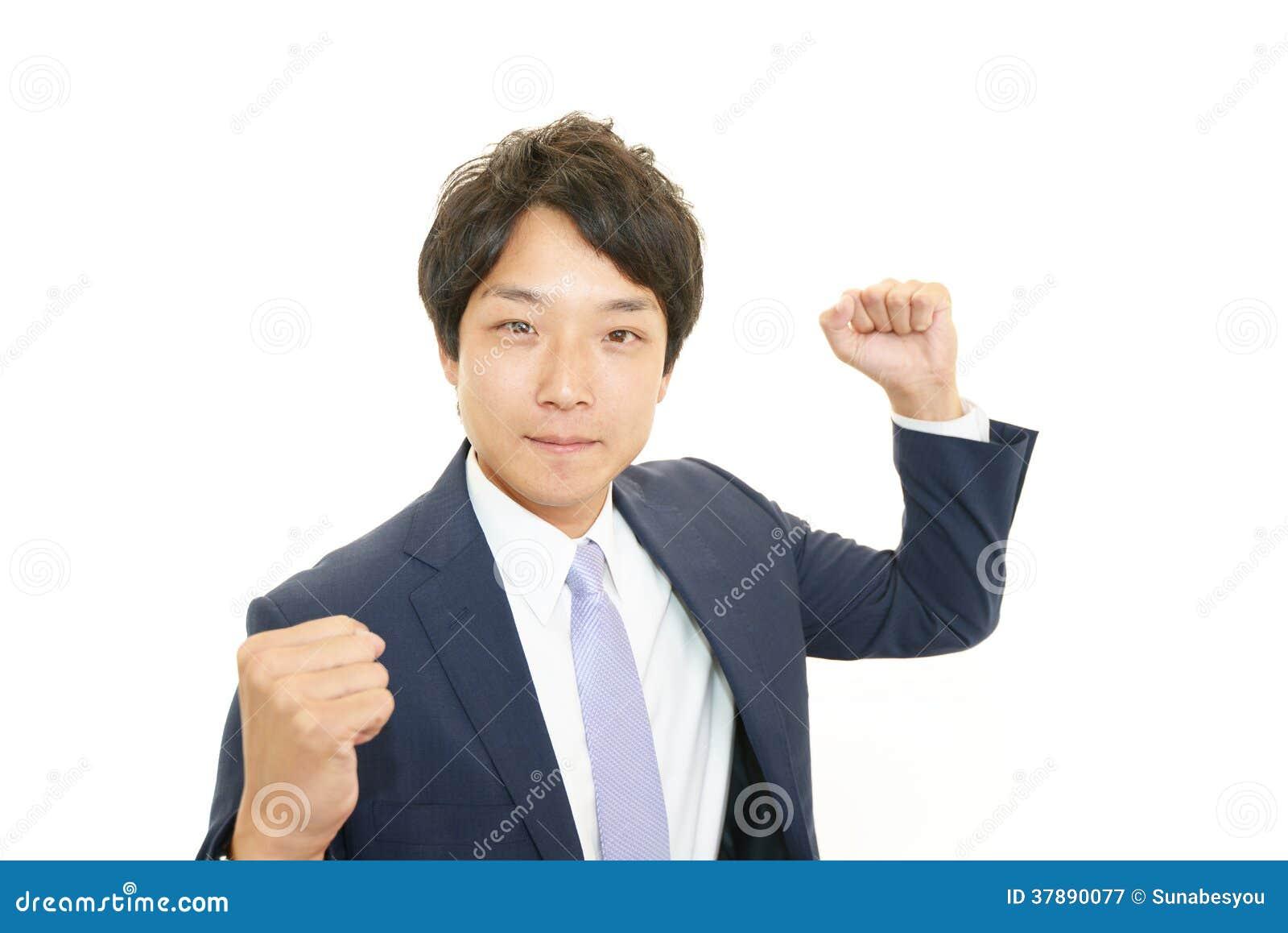 Hombre de negocios que disfruta de éxito