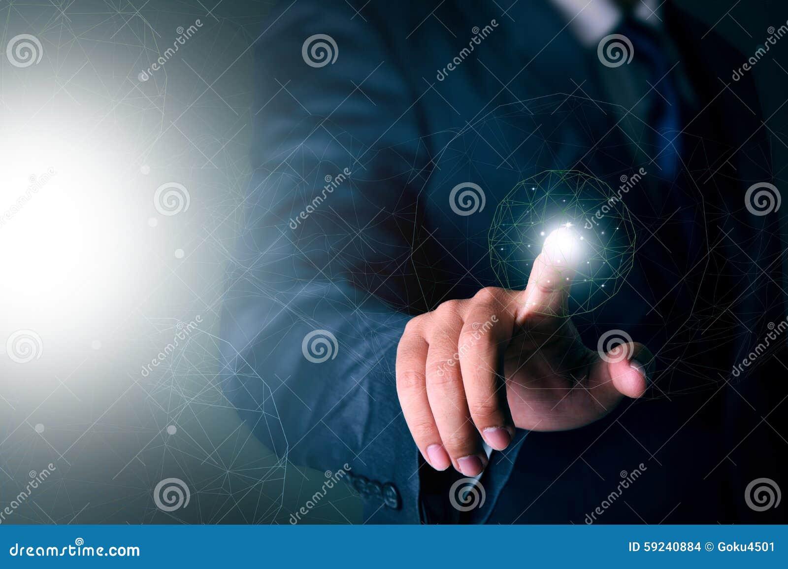 Download Hombre De Negocios Que Trabaja Con Tecnología Virtual Moderna Foto de archivo - Imagen de interfaz, tecnología: 59240884