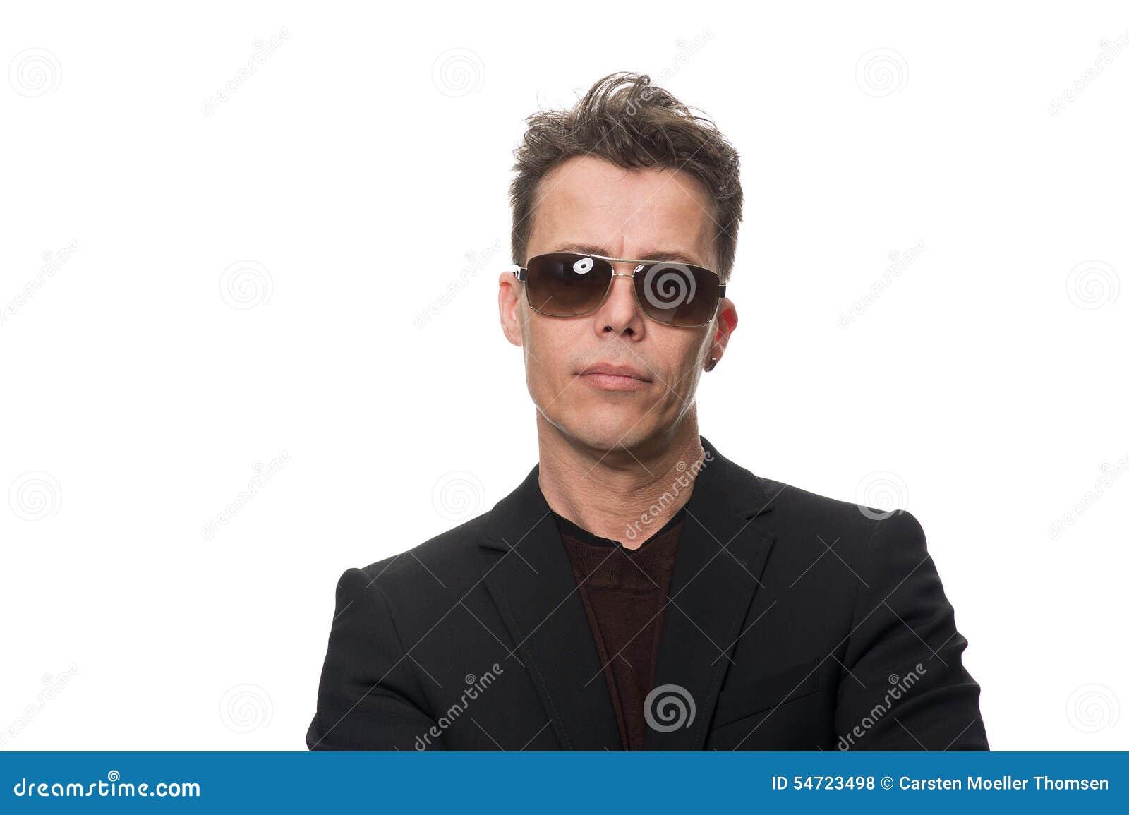 Hombre de negocios Wearing Sunglasses Isolated en blanco