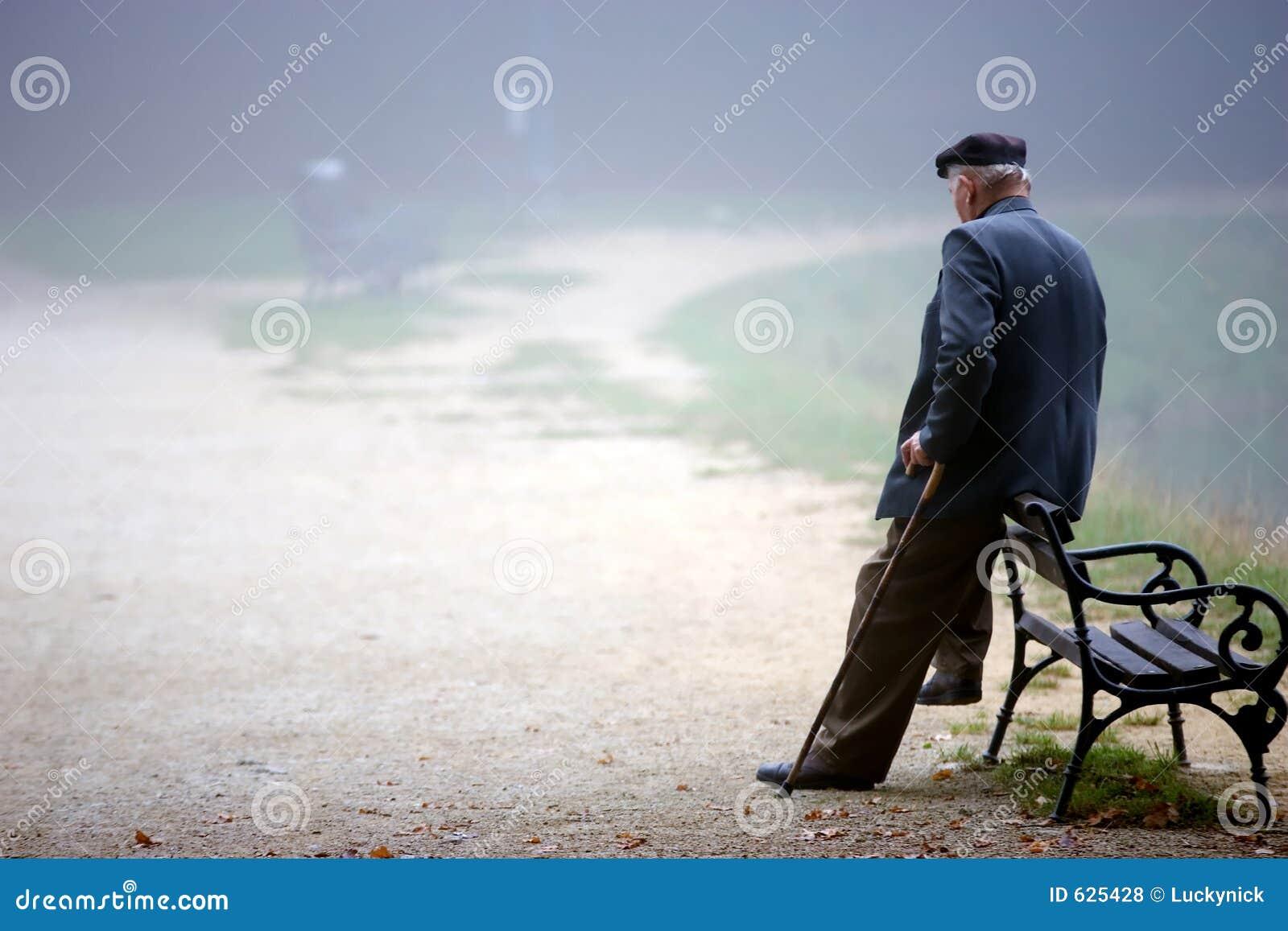 Hombre de reclinación