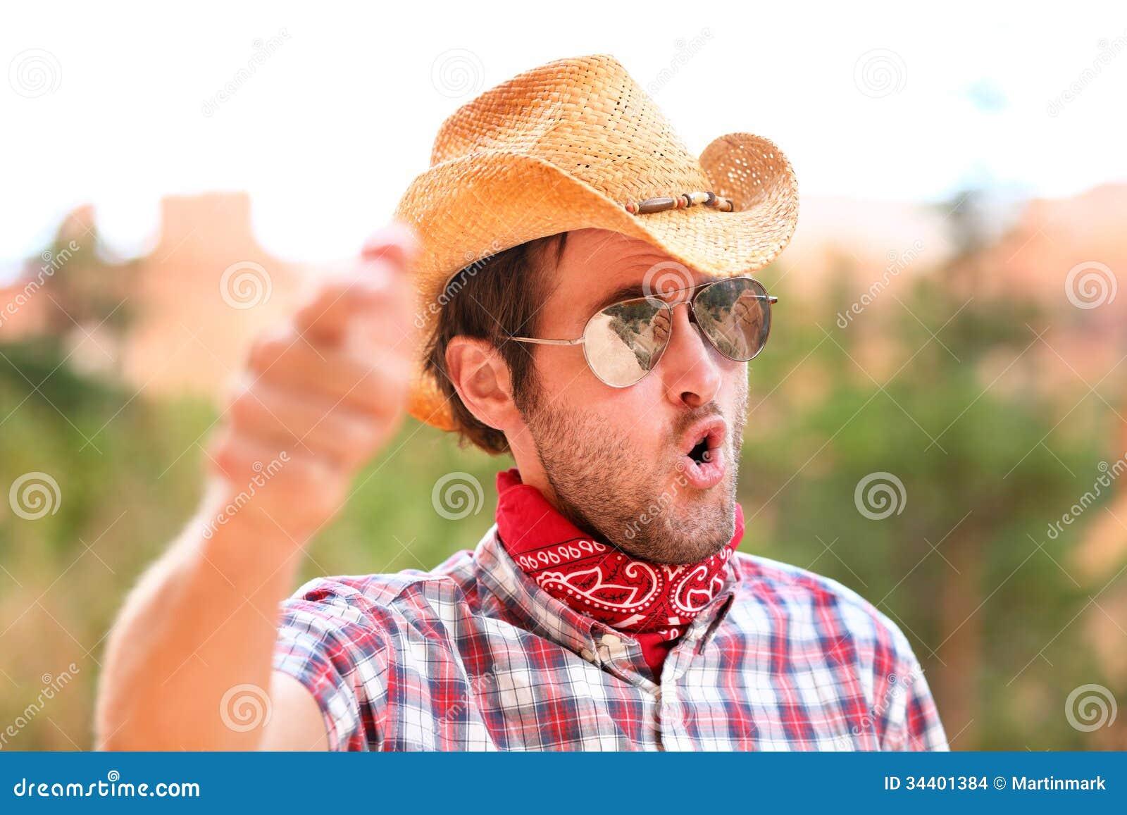 Del Sol Las Hombre Sombrero Y Señalar Con Gafas De Foto Vaquero sQrdth