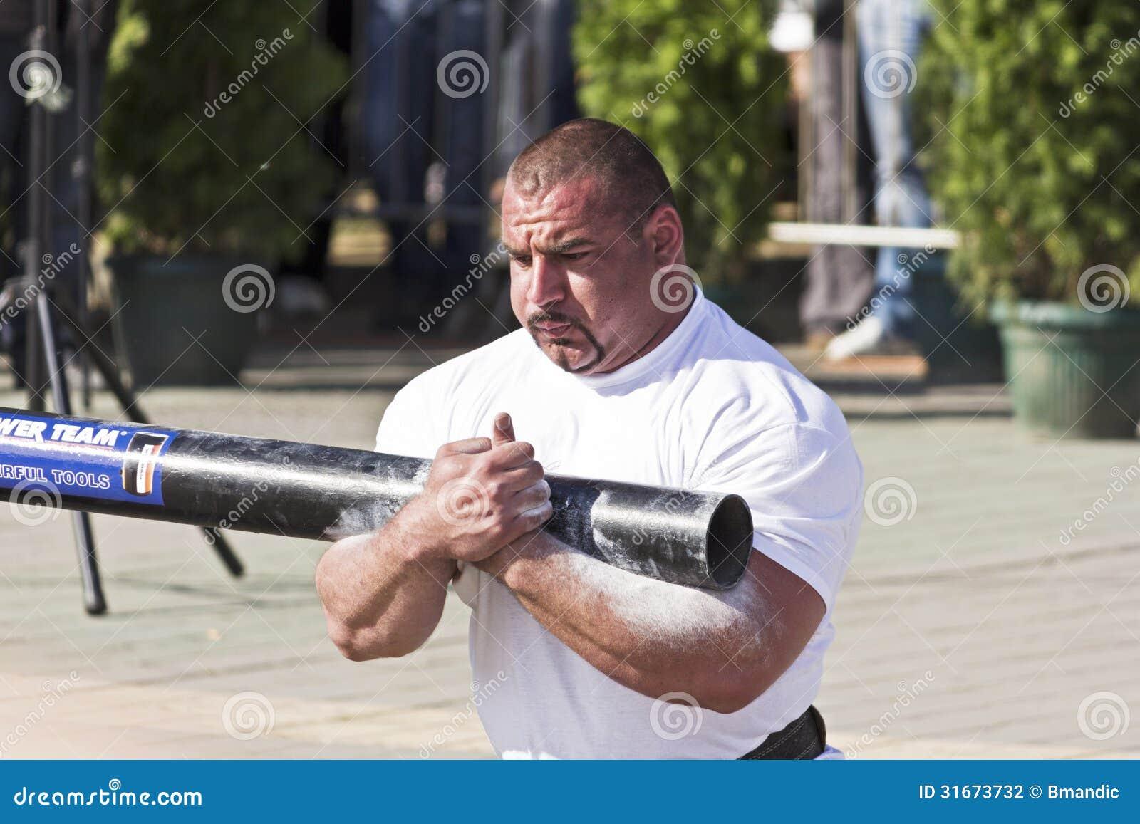 Hombre Ervin Katona del The Strongest