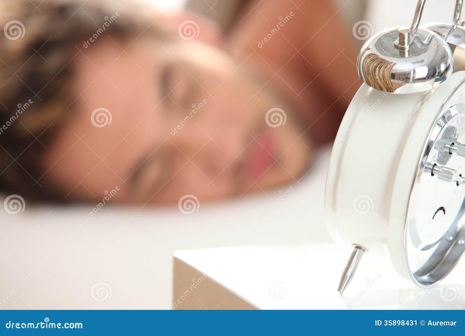Hombre joven dormido