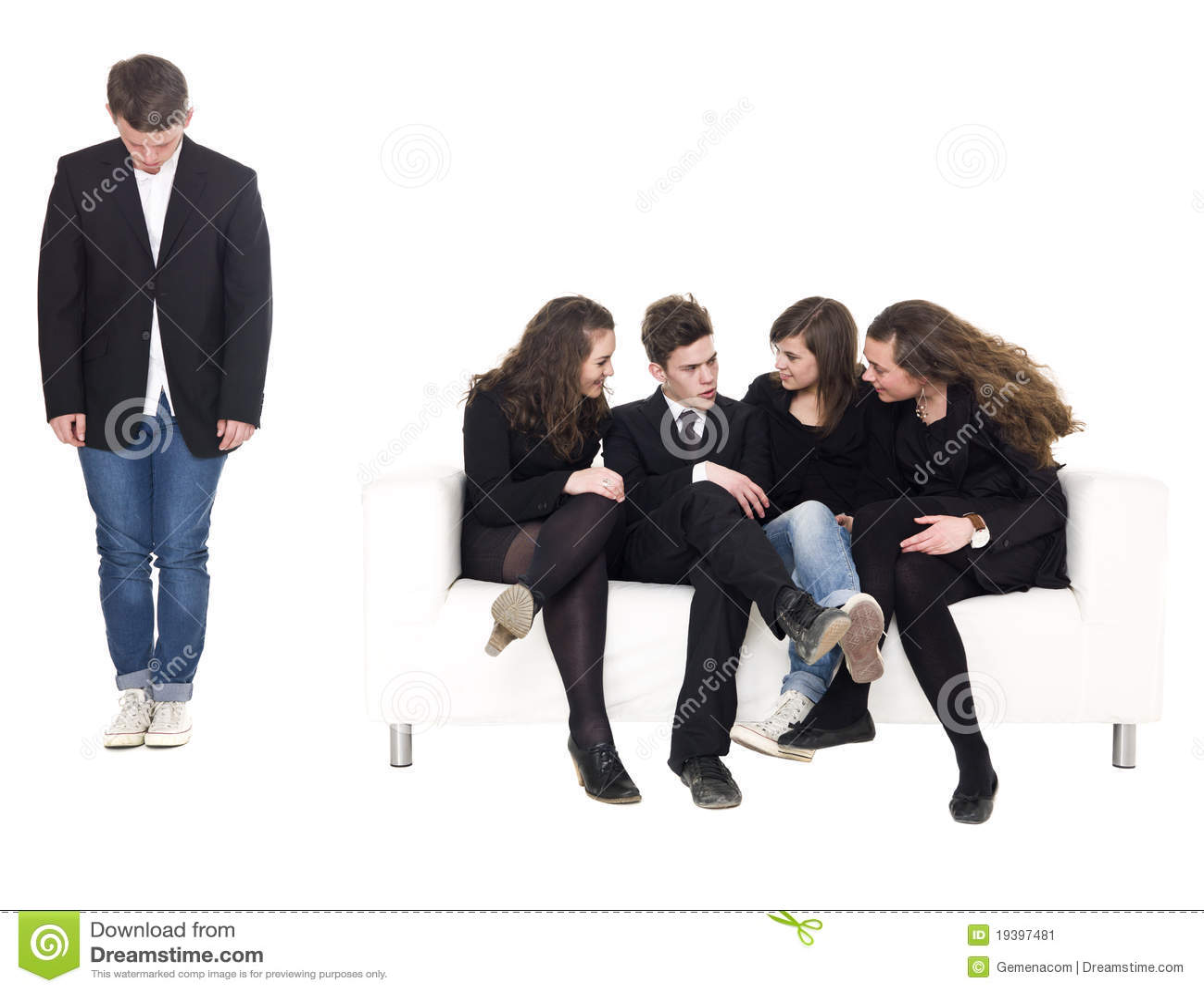 Conjunto de tres 2 adolescentes 1 hombre 6