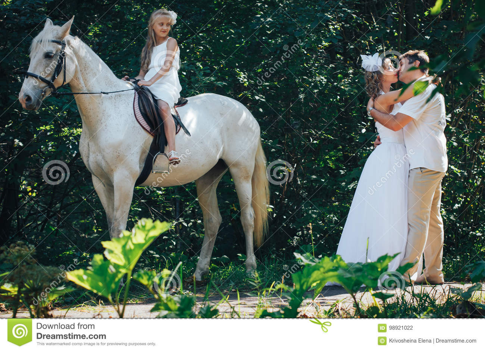 Imagenes de mujer vestida de blanco