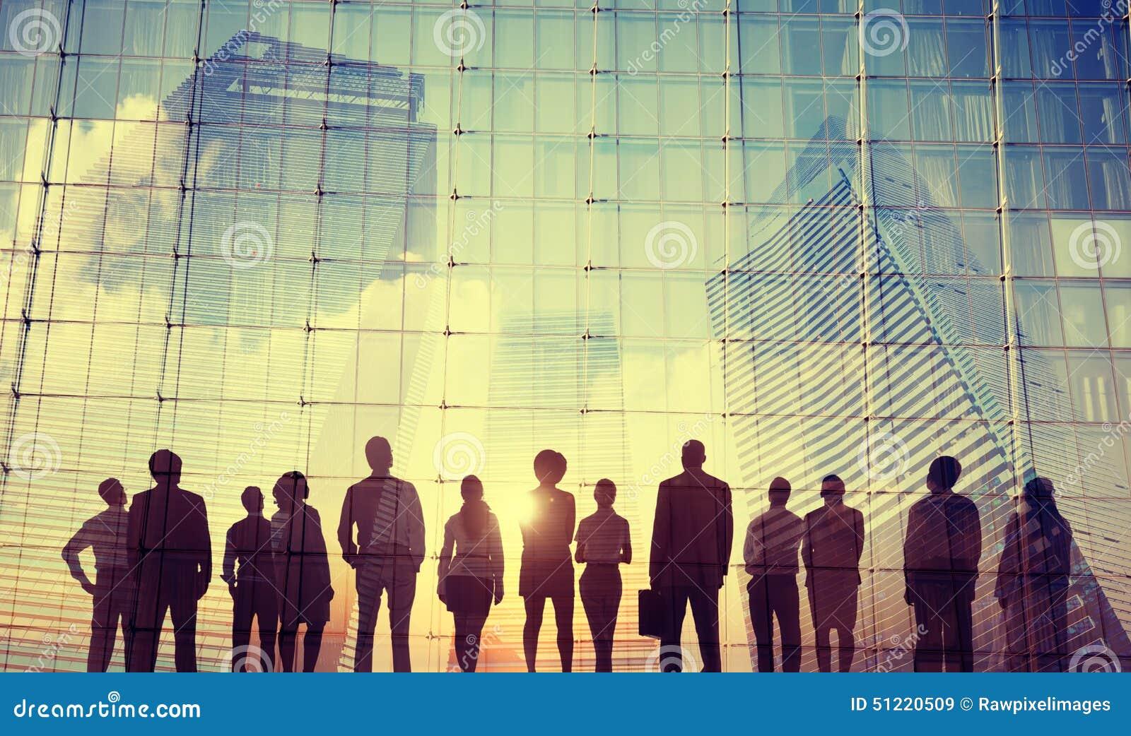 Hombres de negocios de la inspiración de las metas de la misión del crecimiento del concepto del éxito