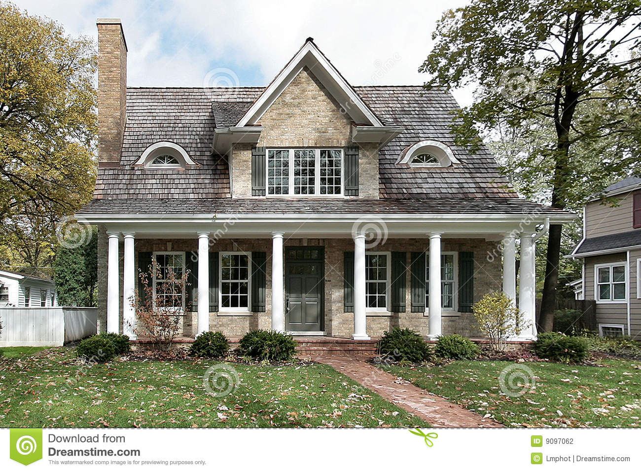 Home With Columns Stock Photography Image 9097062