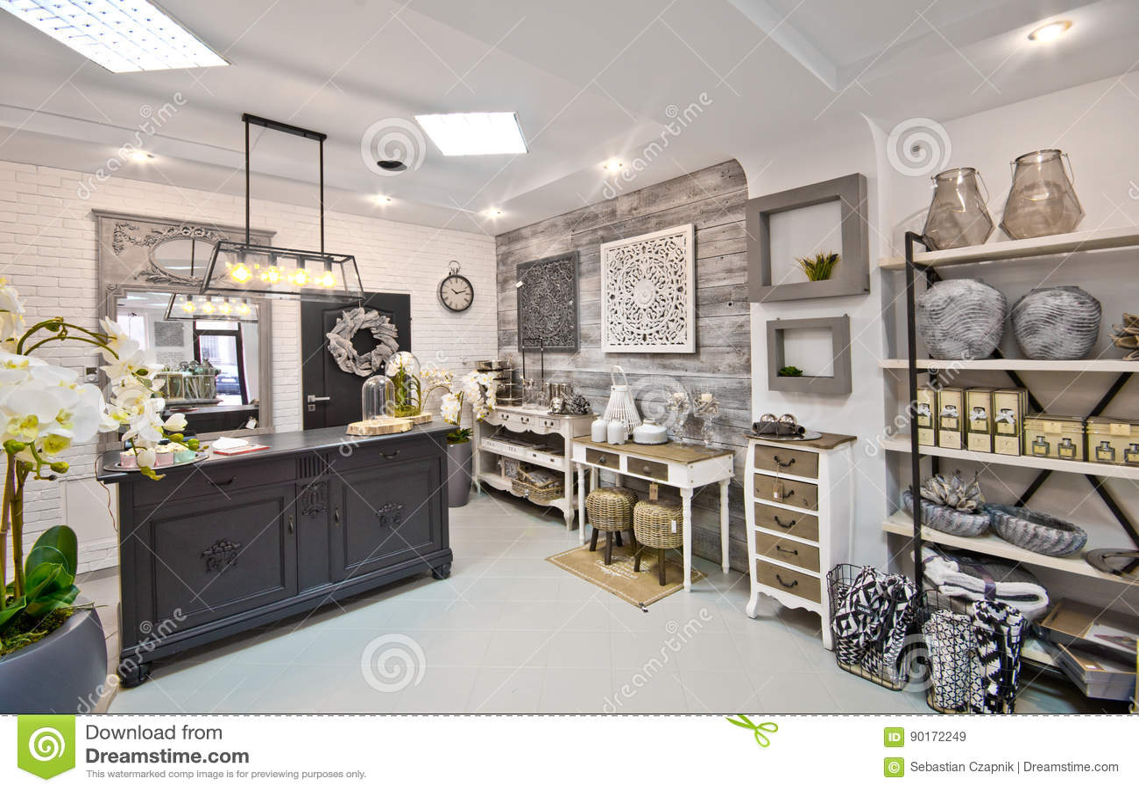 Home Decorations Shop Interior Stock Image Image Of Decorations Elegant 90172249