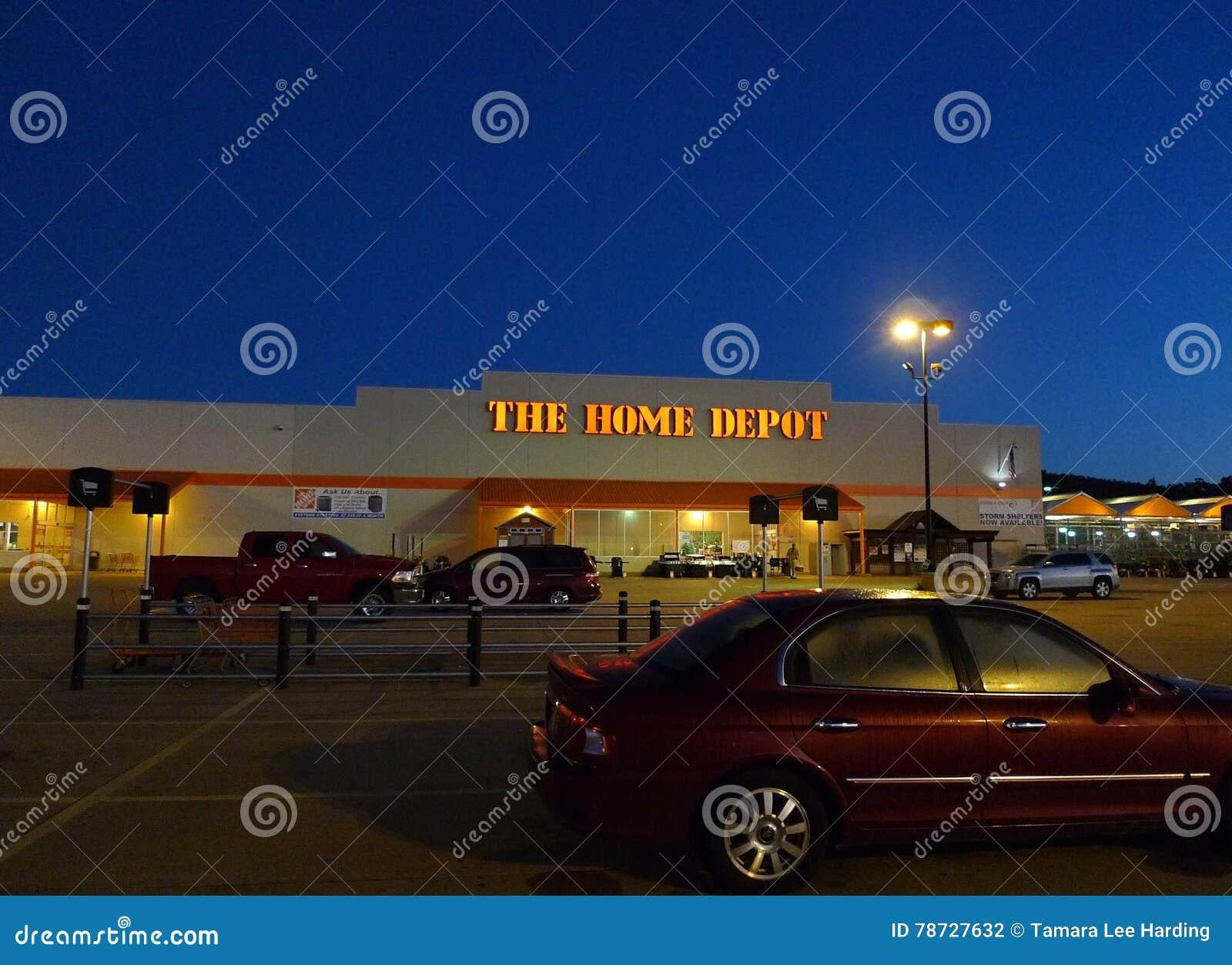 Home Depot lagrar på soluppgång eller solnedgången