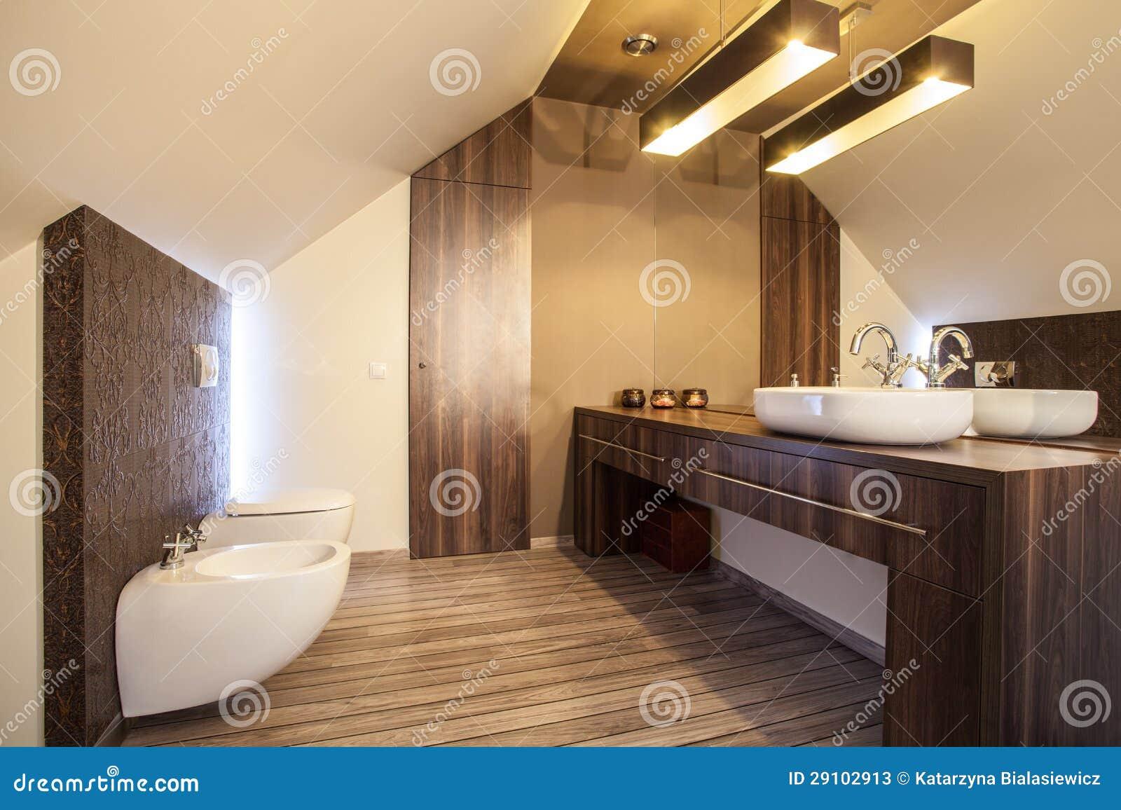 HOME Do País Bancada Do Banheiro Fotos de Stock Imagem: 29102913 #82A328 1300x957 Banheiro Com Bancada De Madeira