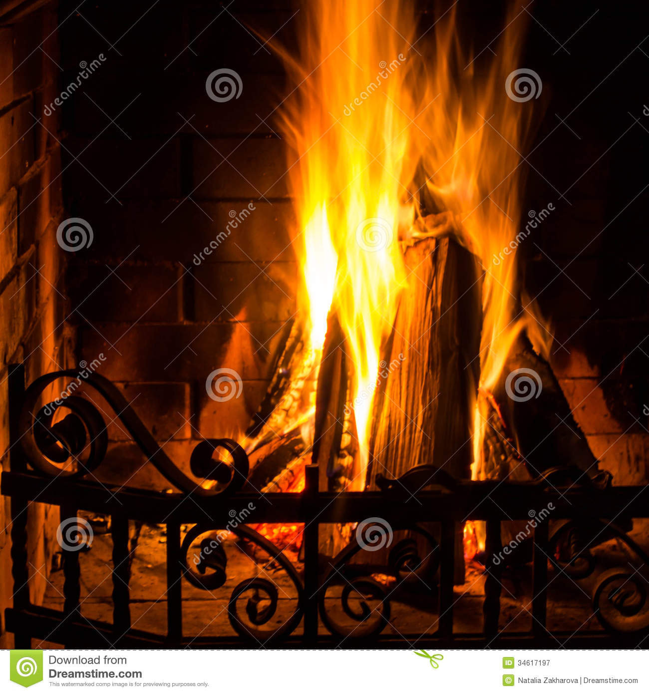 Dining Room Fireplace Ideas For Romantic Winter Nights: Home Fire Burning In Brick Fireplace. Seasonal And Holiday
