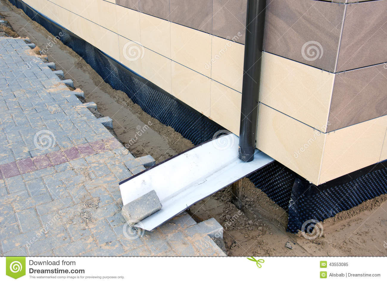 Home foundation construction and thermal insulation for Best insulation for new home construction