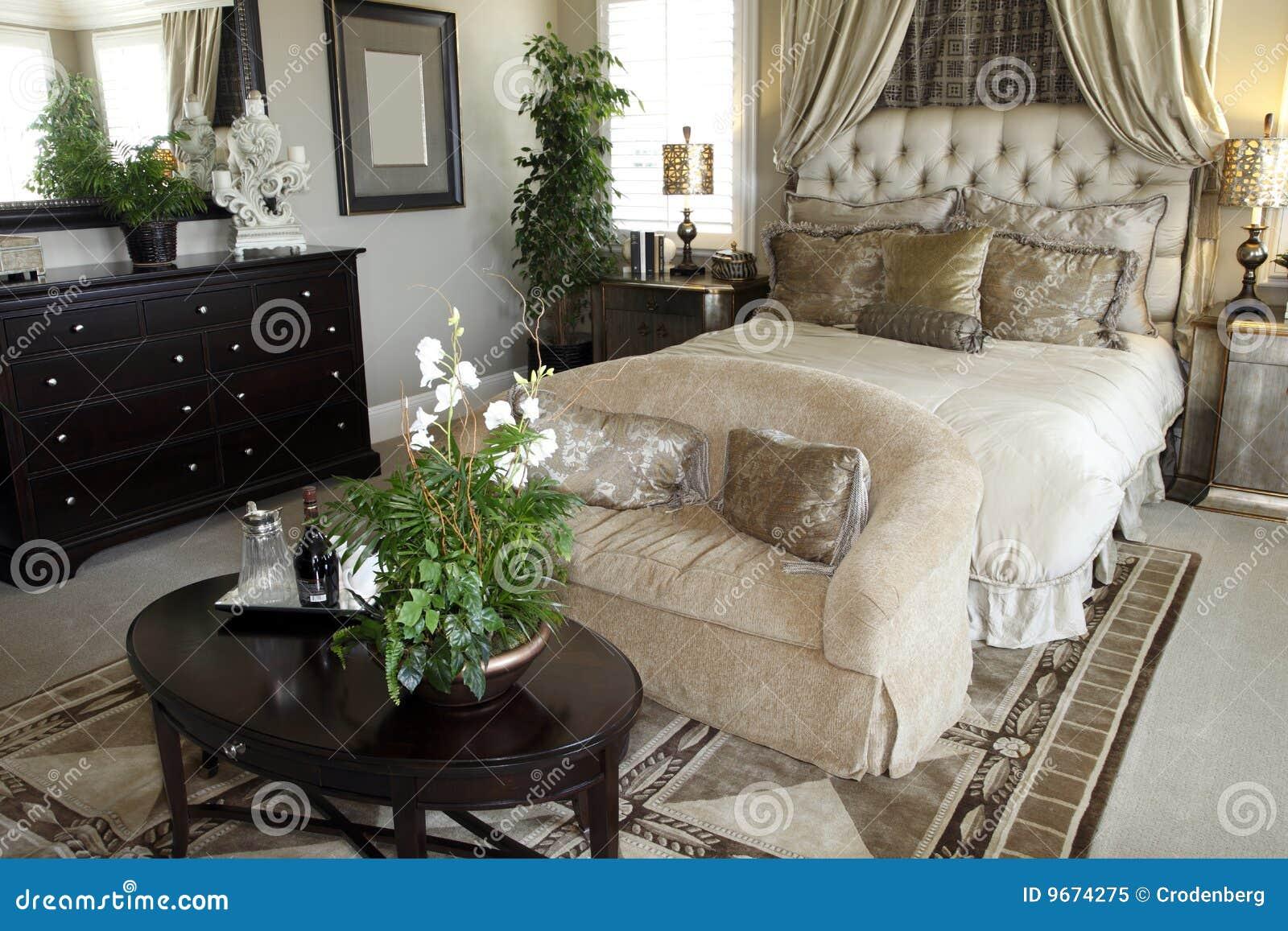 Home lyx för sovrum fotografering för bildbyråer. Bild av följe ...