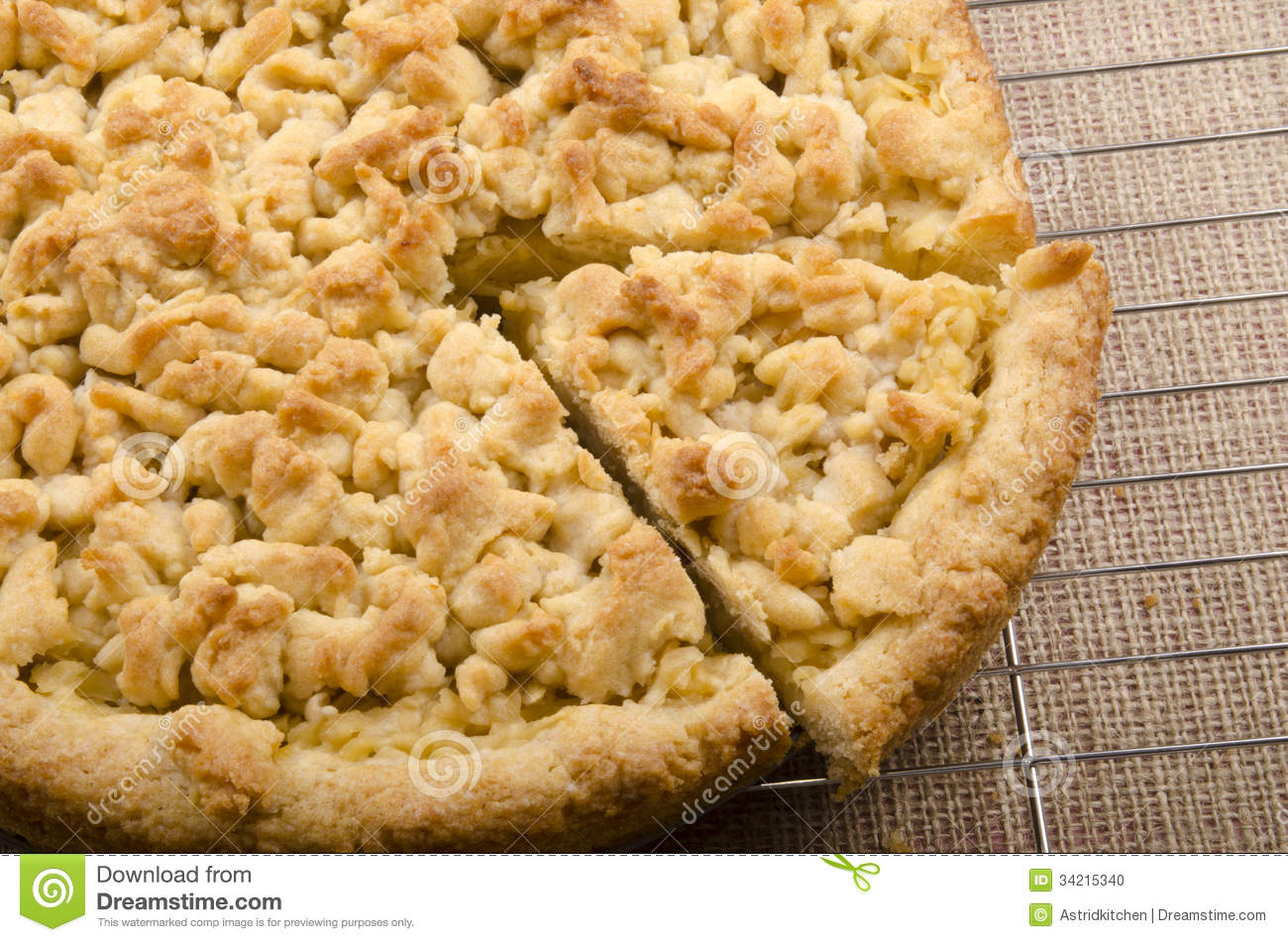 Home Made Apple Crumble Cake Stock Photo - Image: 34215340