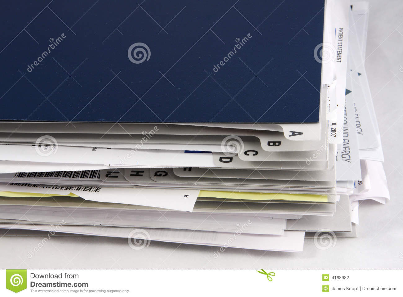 paper filer Our news offcuts are supplied in reams of approximately 650 sheets, sealed in polythene for protection as the name suggests, it is the same material used to print newspapers, and is off-white in colour.