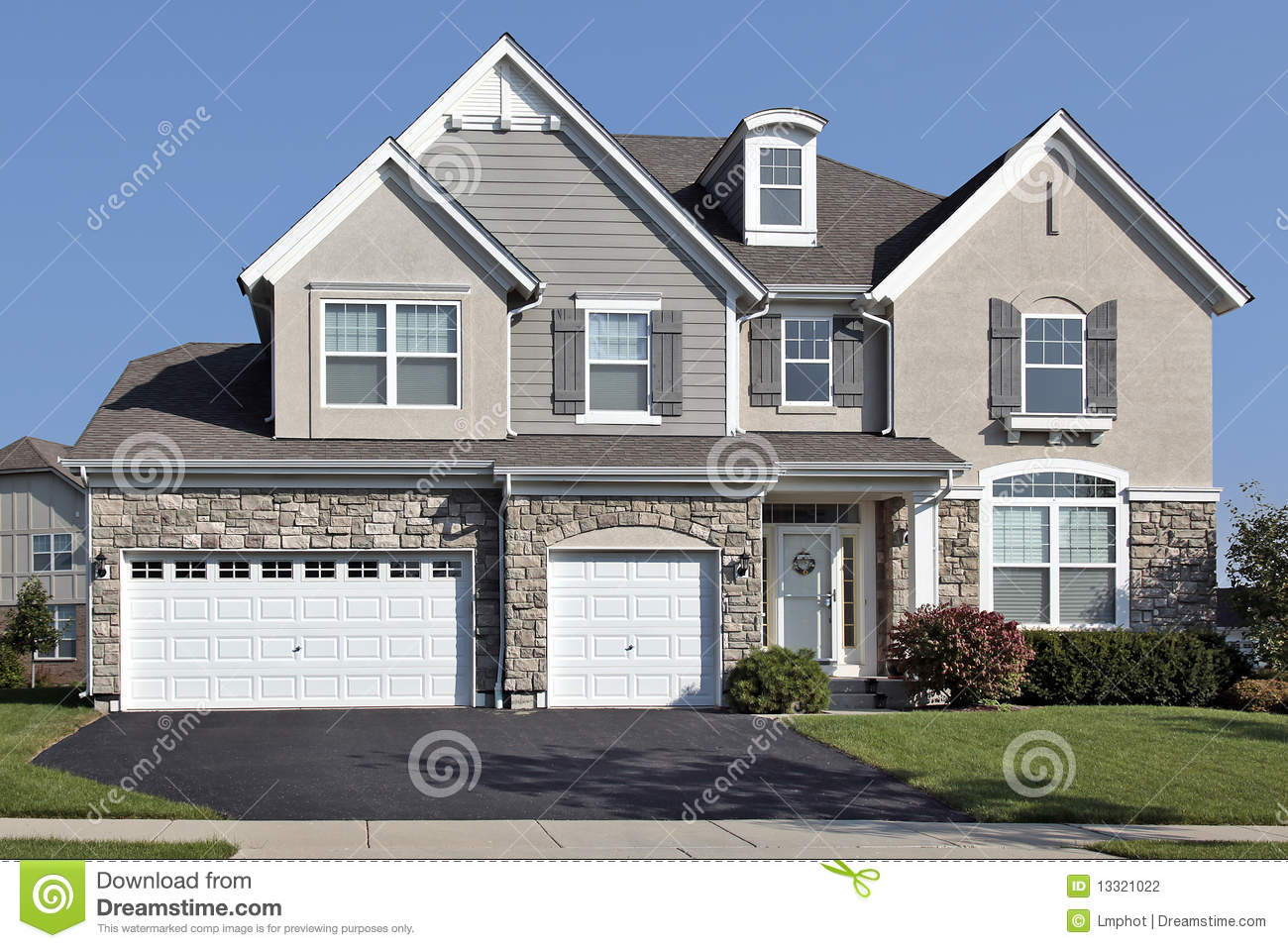 home with three car stone garage stock photography image