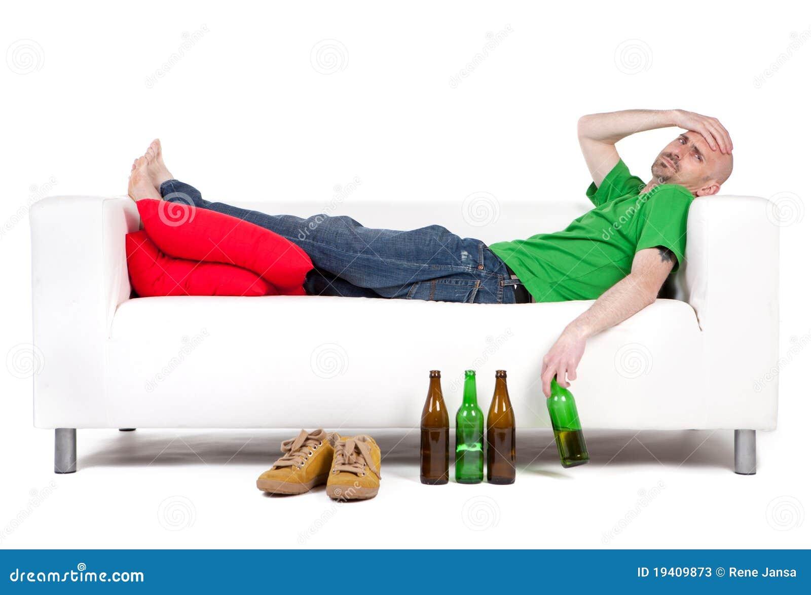 Homem com cerveja