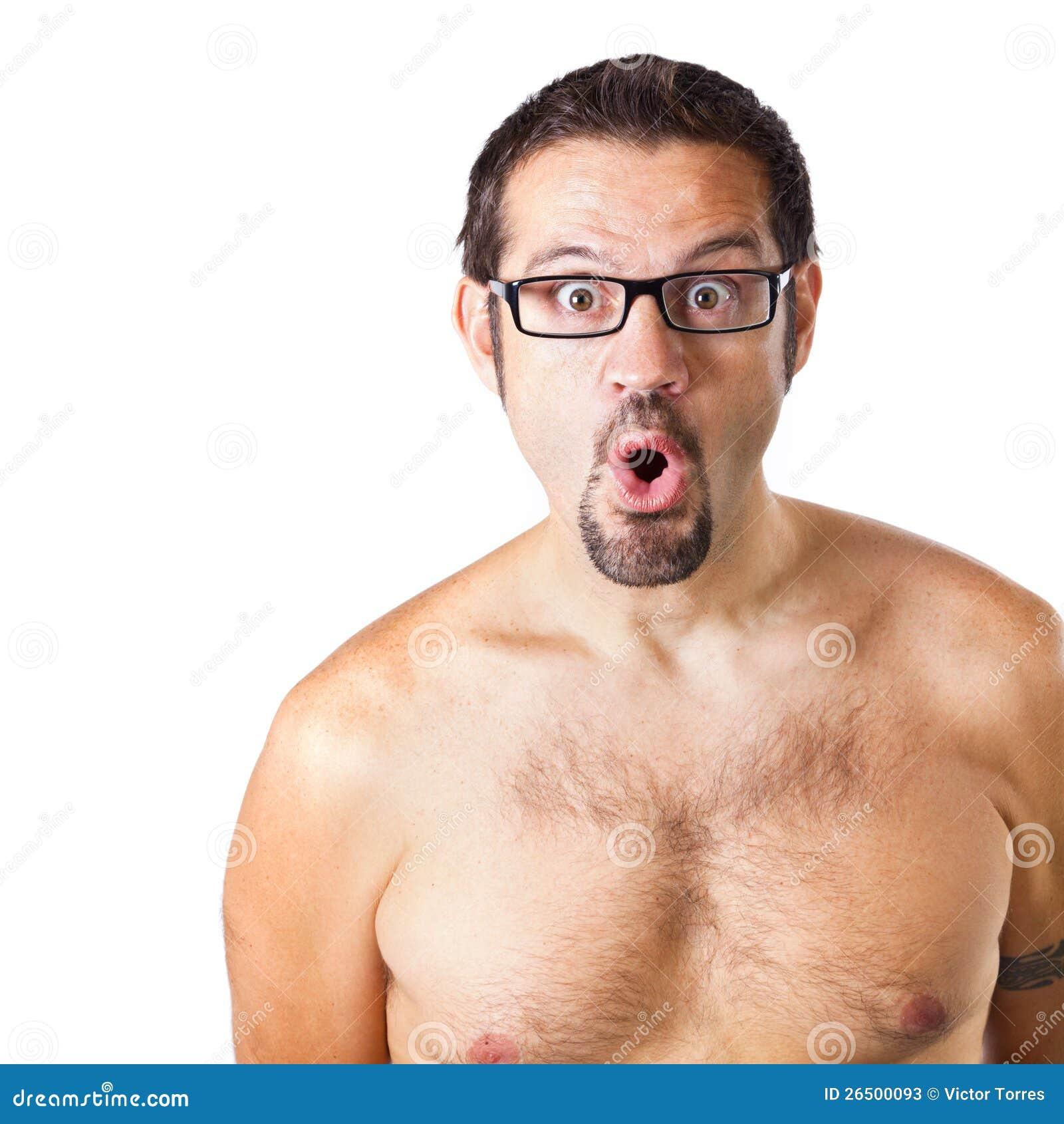 Homem com uma expressão da surpresa