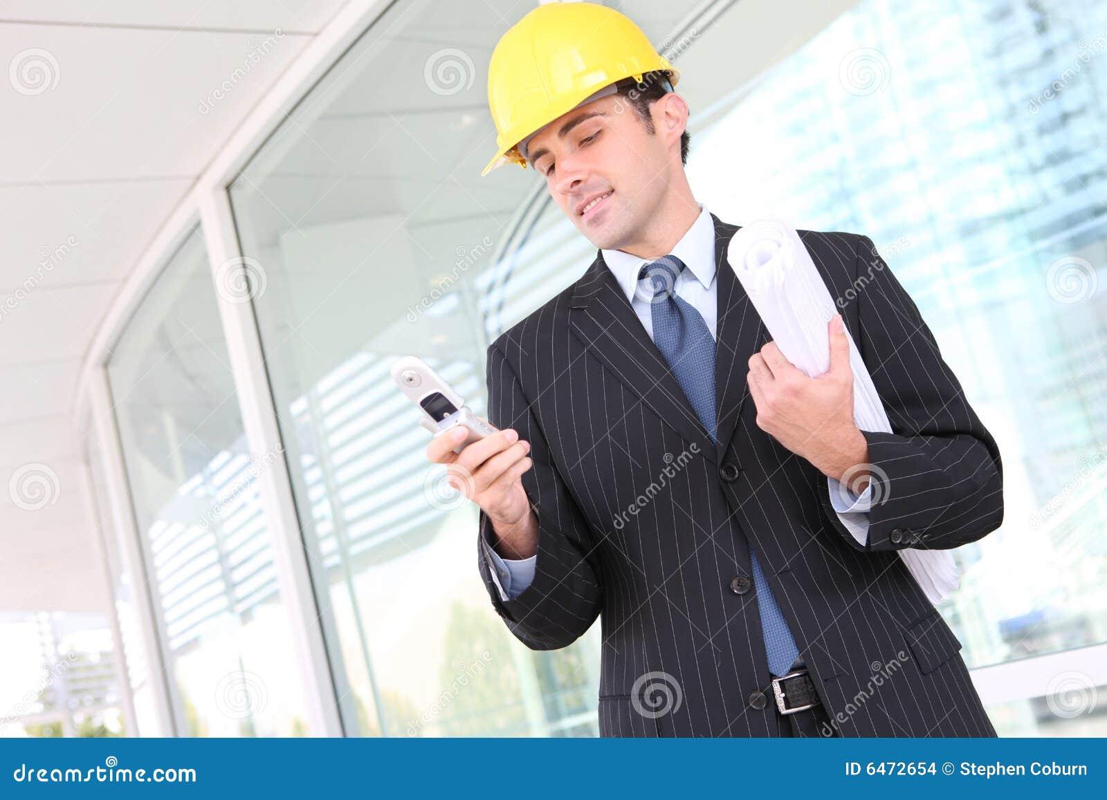 Homem considerável da construção do negócio