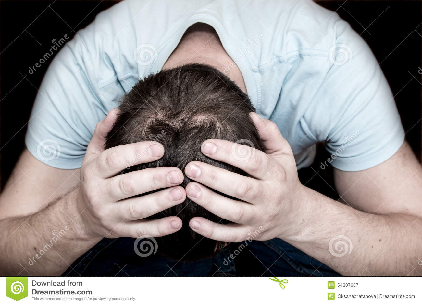 Homem de grito deprimido