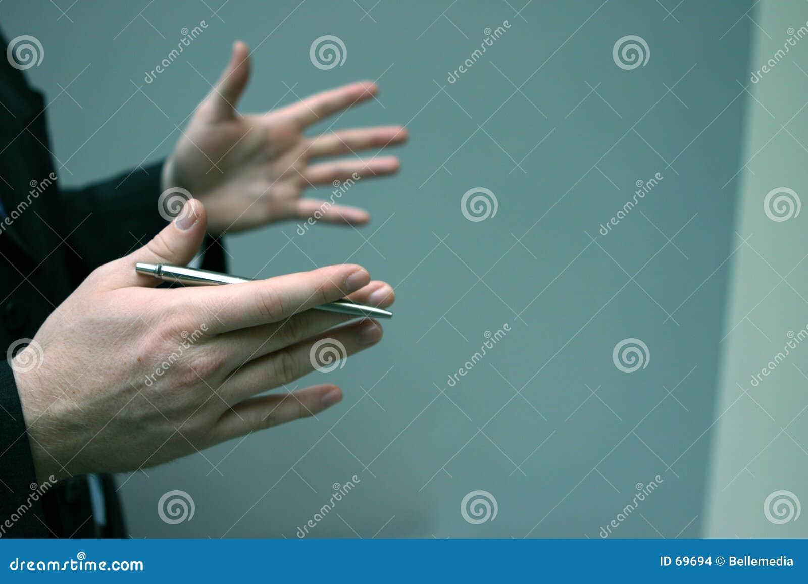Homem de negócio com mãos