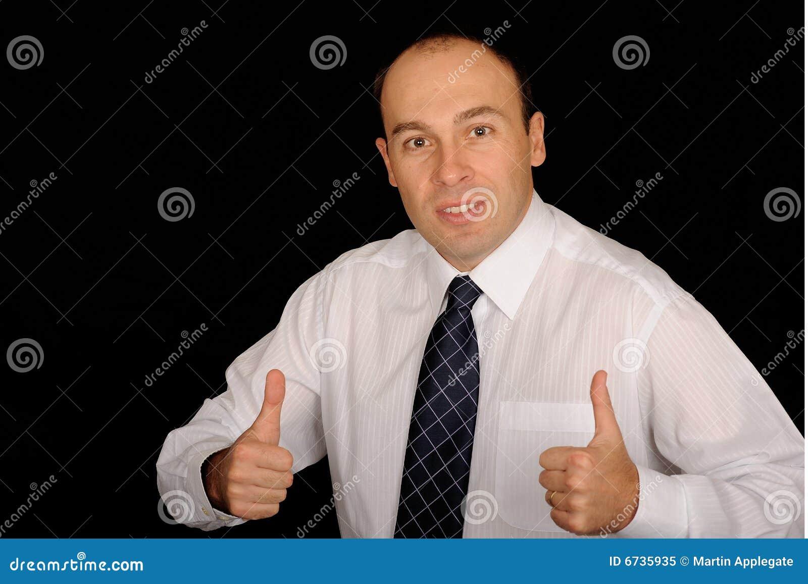 Homem de negócio com polegares acima