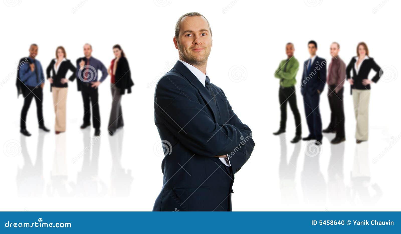 Homem de negócios e sua equipe