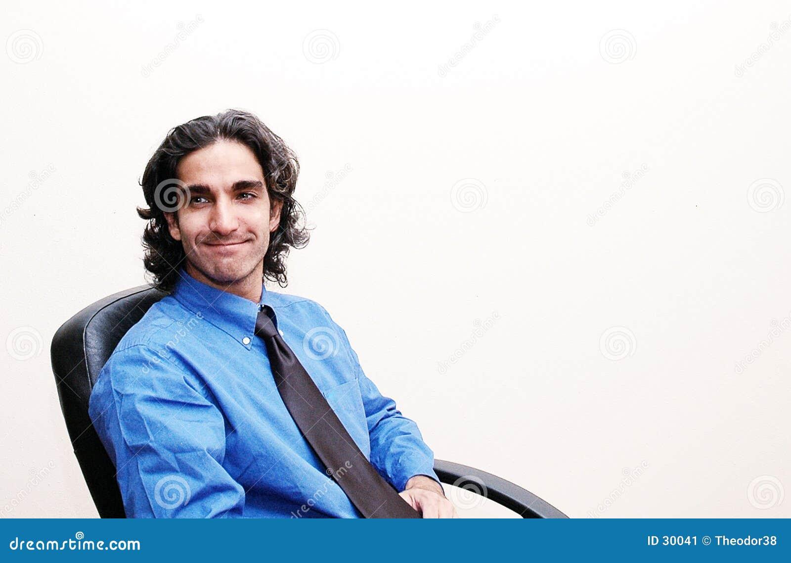 Homem de negócios em sua cadeira