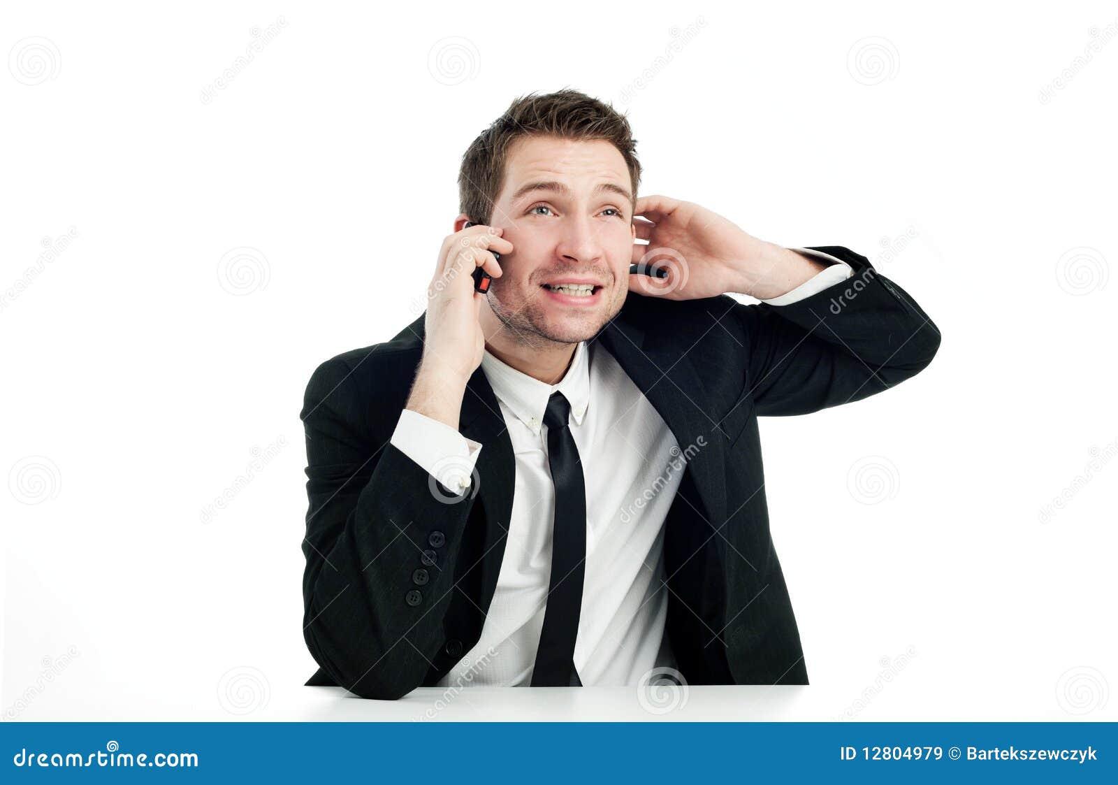Homem de negócios que fala pelo telefone