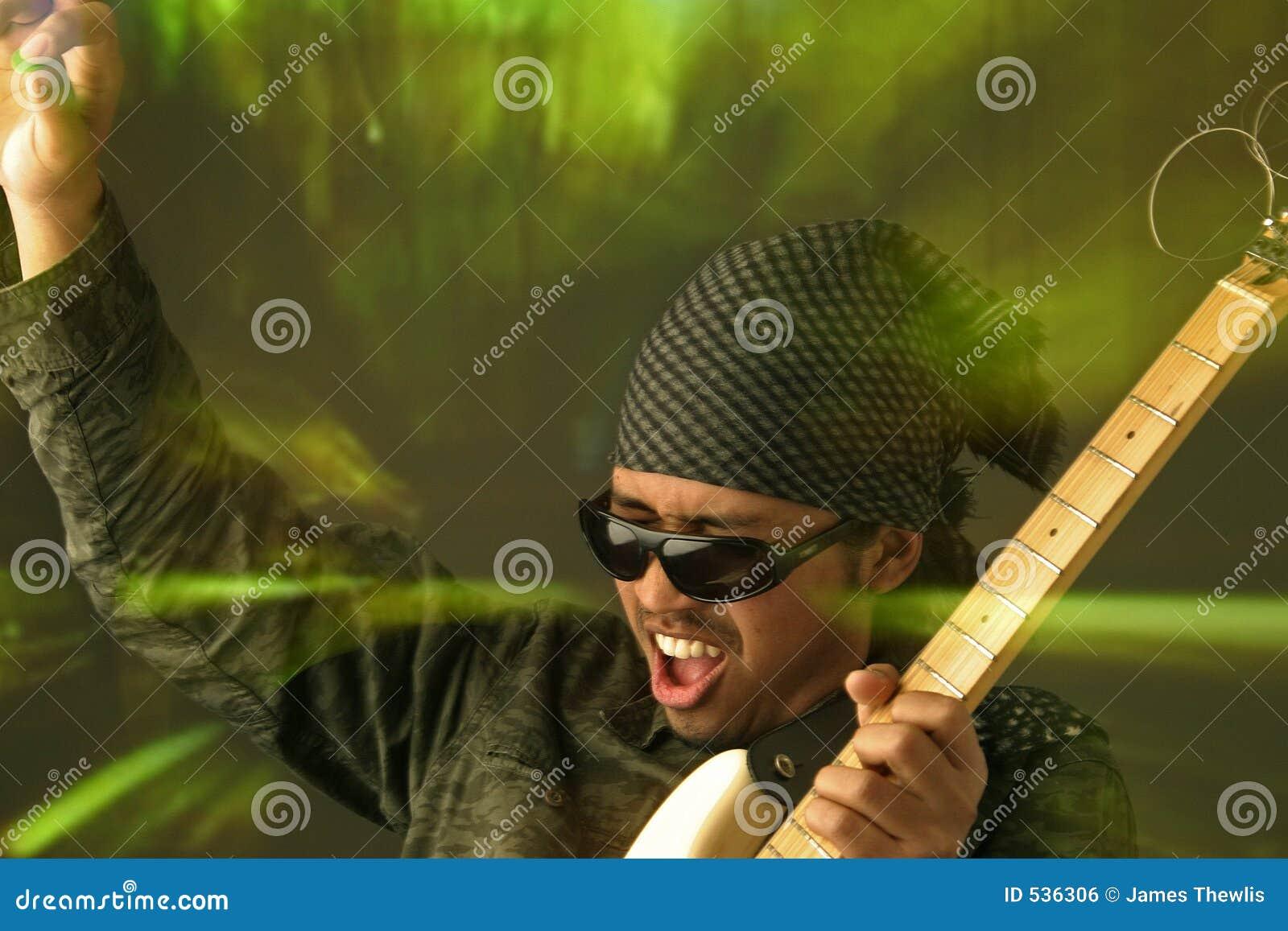 Homem Funky da guitarra