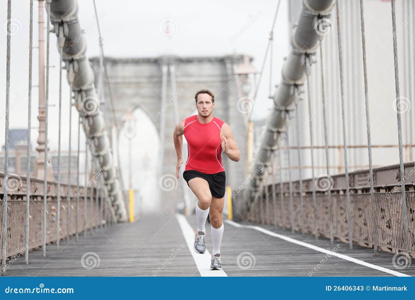 Homem Running do corredor