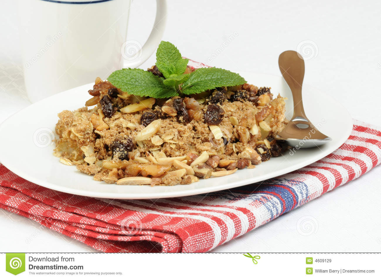 Homemade Apple Crumble Royalty Free Stock Images - Image: 4609129